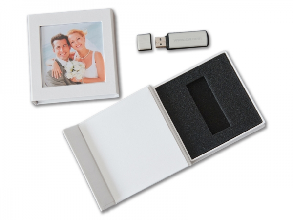 hochzeit usb box mit bildfenster kunstleder weiss ohne usb stick hochzeit dvd cd usb blue. Black Bedroom Furniture Sets. Home Design Ideas