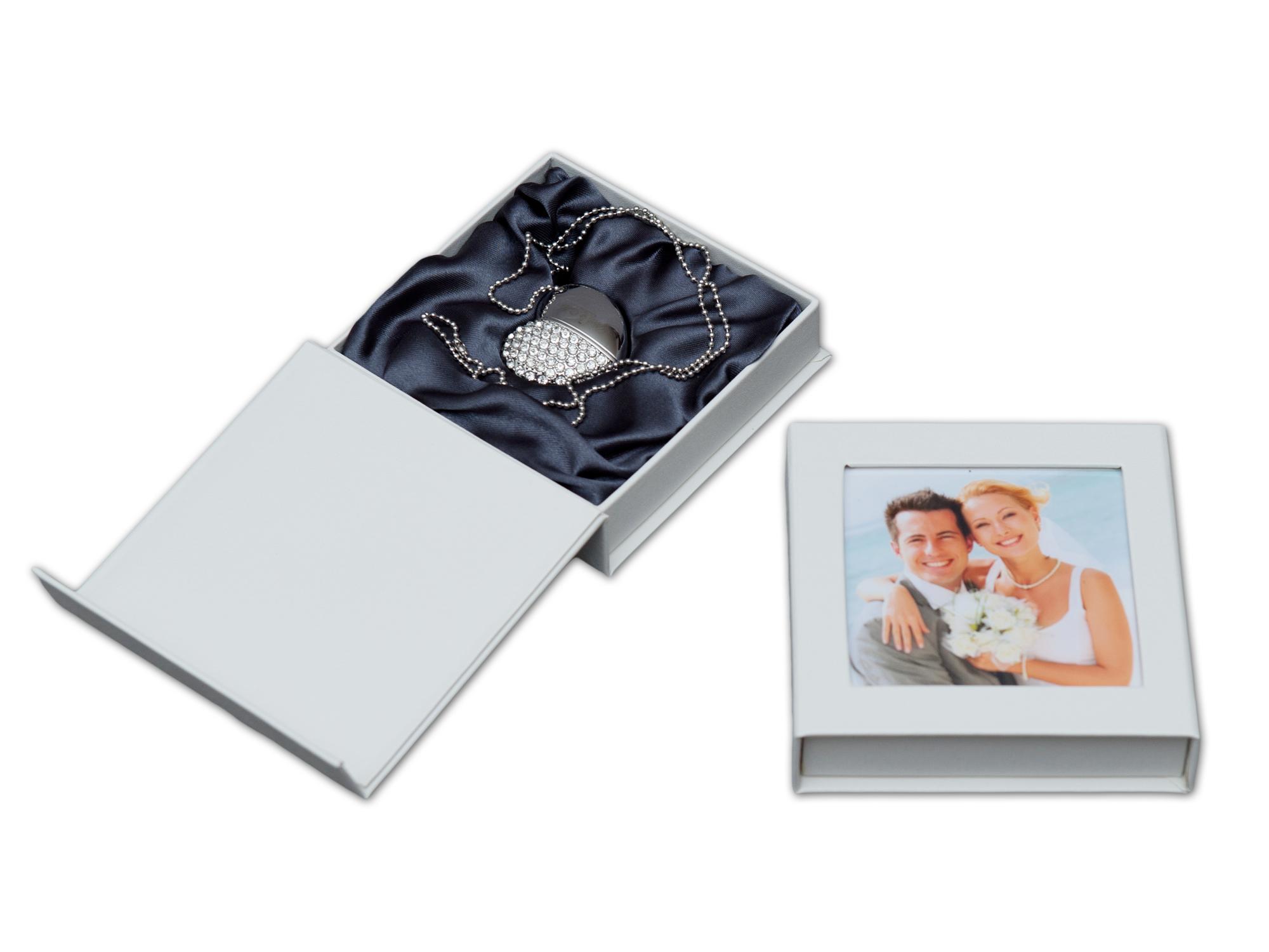 usb stick herz mit usb box usb 3 0 hochzeit design hochzeit dvd cd usb blue ray h lle. Black Bedroom Furniture Sets. Home Design Ideas